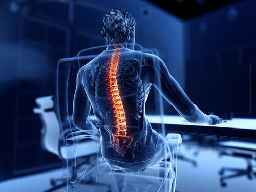 Ból kręgosłupa siedzenie