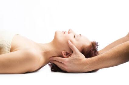 rehabilitacja kręcz szyjny
